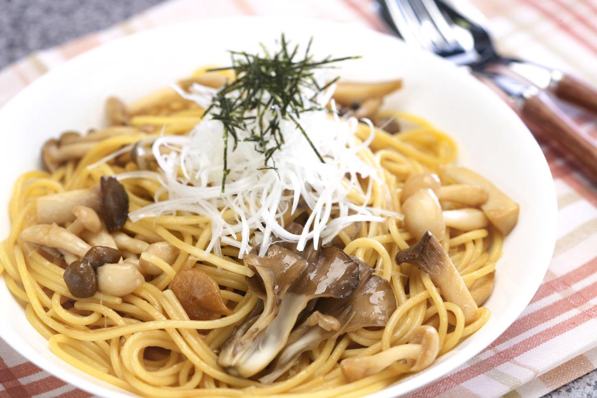 Simple mushroom Spaghetti