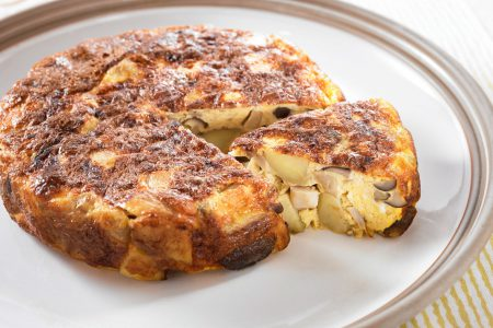 Japanese -style Omelette with mushroom and potatoes